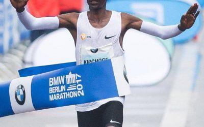 Eliud Kipchoge sigue siendo el rey del Maratón de Berlín 2017