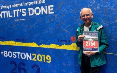 'Ultrageezer', rompe su propio récord en el maratón de Boston