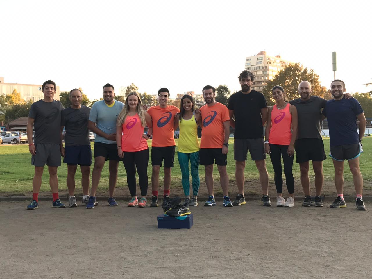 Preparamos los 10K de Maratón de Santiago junto a ASICS y las nuevas GEL-Nimbus 21