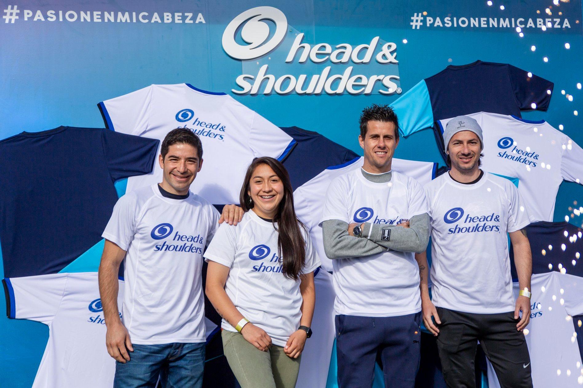 Histórico desafío para Chile reunió a cientos de personas dominando el balón