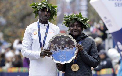 Keniatas Kamworor y Jepkosgei dominan Maratón de Nueva York