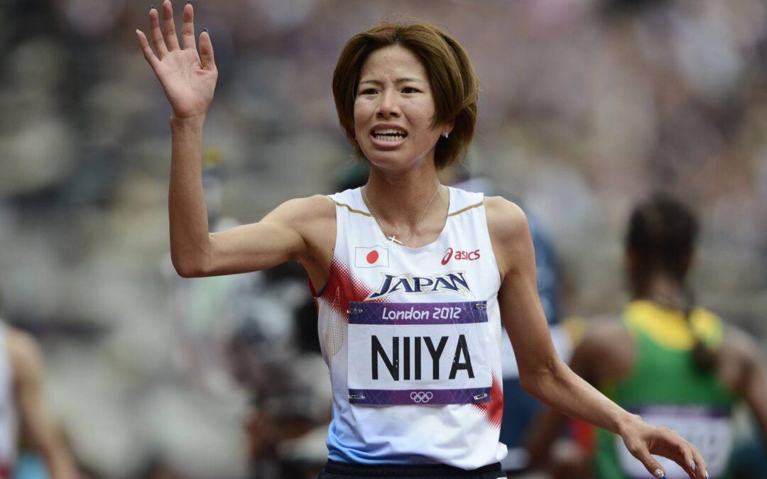 NIIYA HITOMI GANÓ LA CARRERA INAUGURAL DE TOKIO CON 18 AÑOS